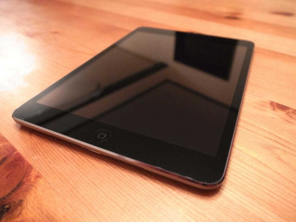 SIMフリー iPad mini Retina A1490 レビュー – でこにく