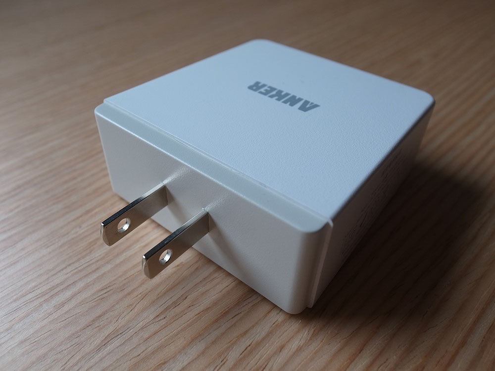 Anker 36W charger 05