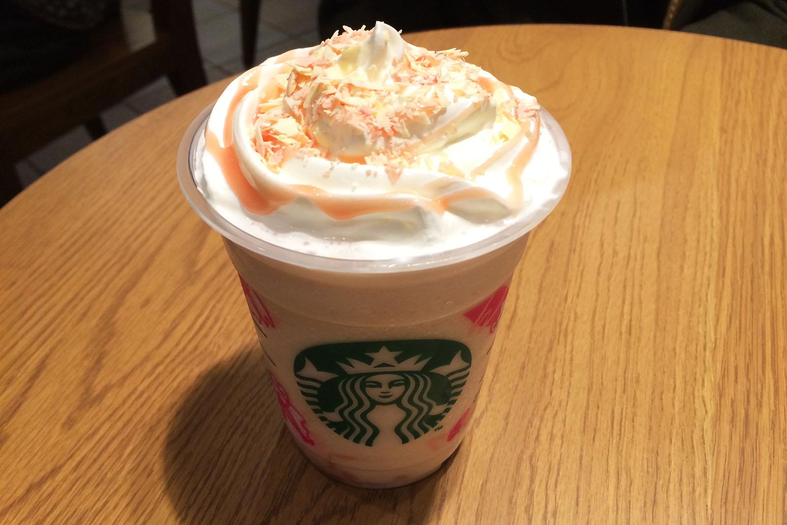 caramely-sakura-chocolate-frappuccino 01