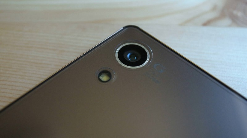 Spigen Crystal Clear Xperia Z4_04