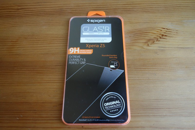 SPIGEN GLASt R Slim Xperia Z5_01