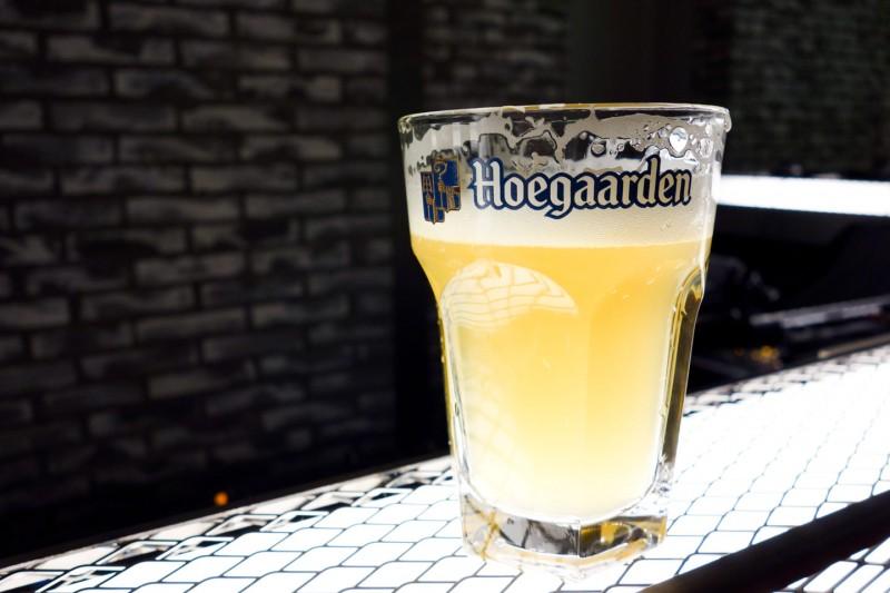 hoegaarden-cafe_6