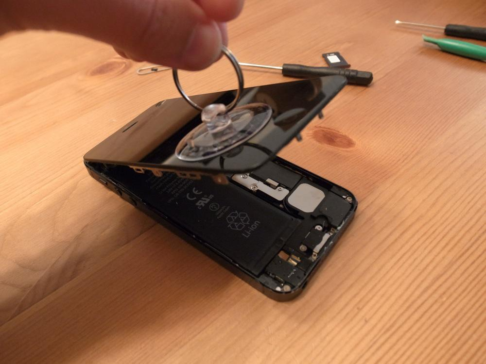 IPhone battery replace 12