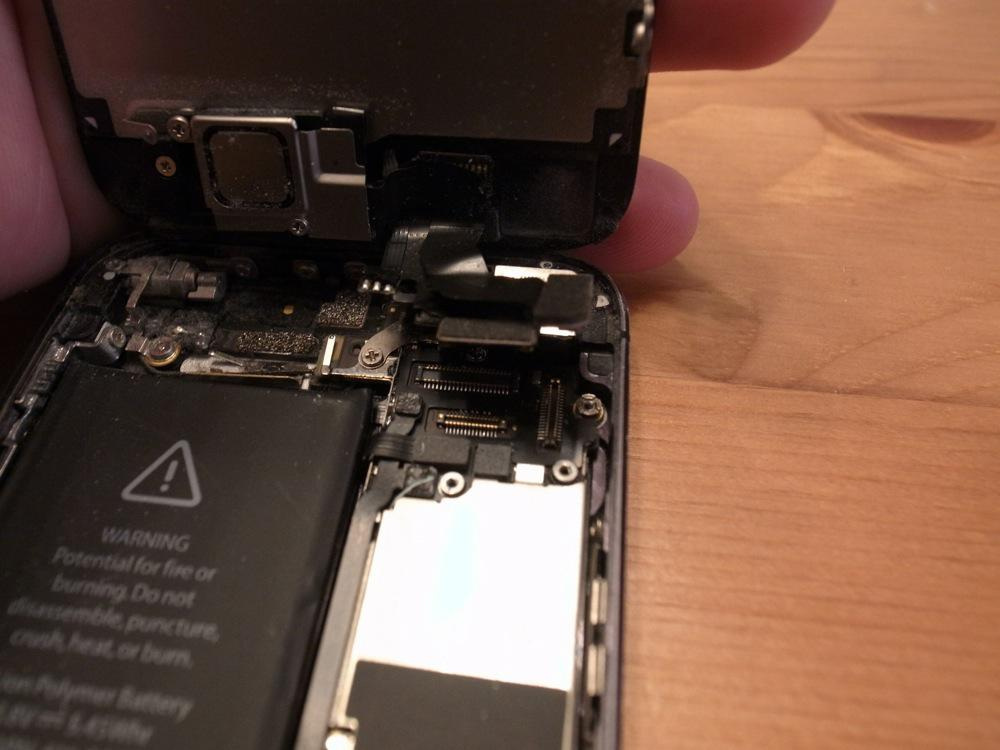 IPhone battery replace 18