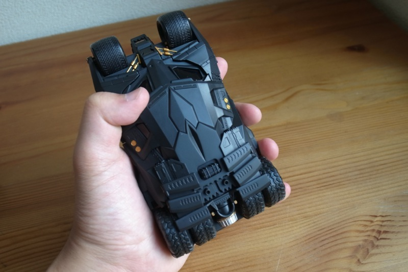CRAZY CASE BATMOBILE TUMBLER 08