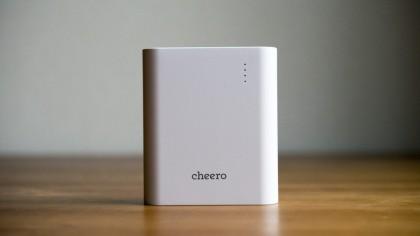 先代より容量アップかつ重量ダウンながらも手頃な価格を実現した「cheero Power Plus 3」