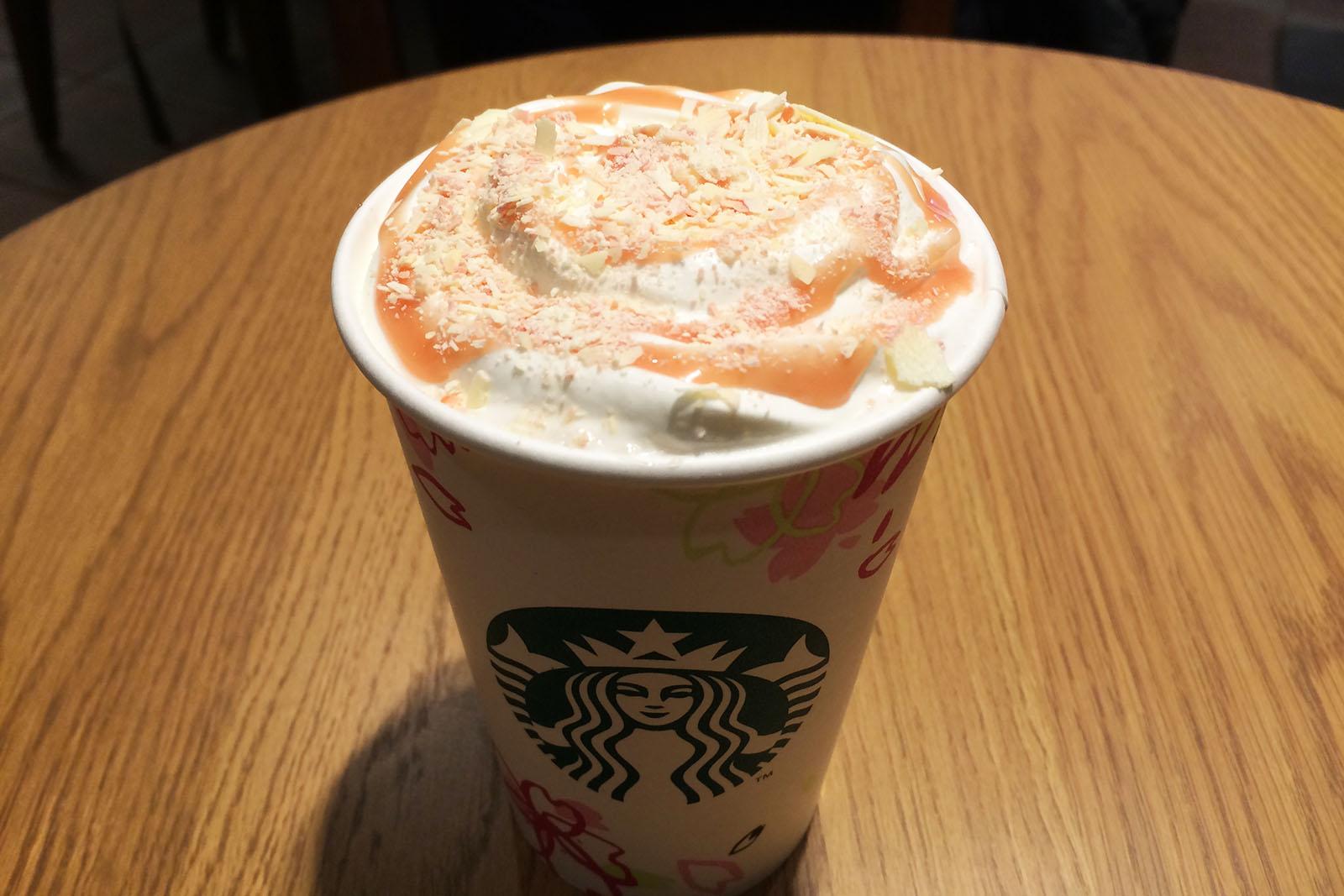 caramely sakura chocolate latte 02
