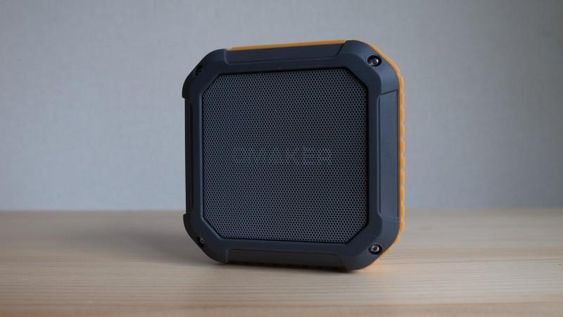IPX4の防水でアウトドアでも大活躍な軽量Bluetoothスピーカー「Omaker M4」レビュー