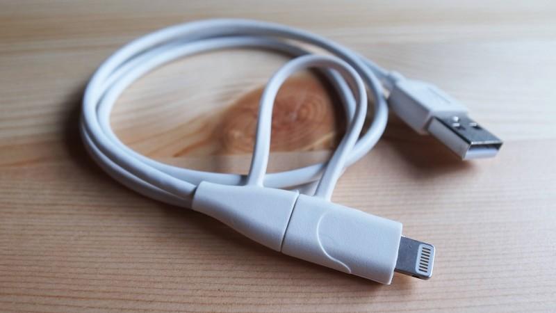 1本でAndroidもiPhoneも充電できるcheeroの2in1 USBケーブルがクッソ便利
