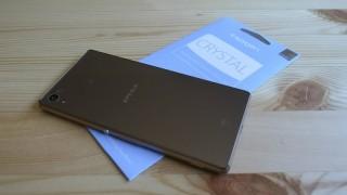 Xperia Z4用保護フィルムSpigen「クリスタル クリア」レビュー