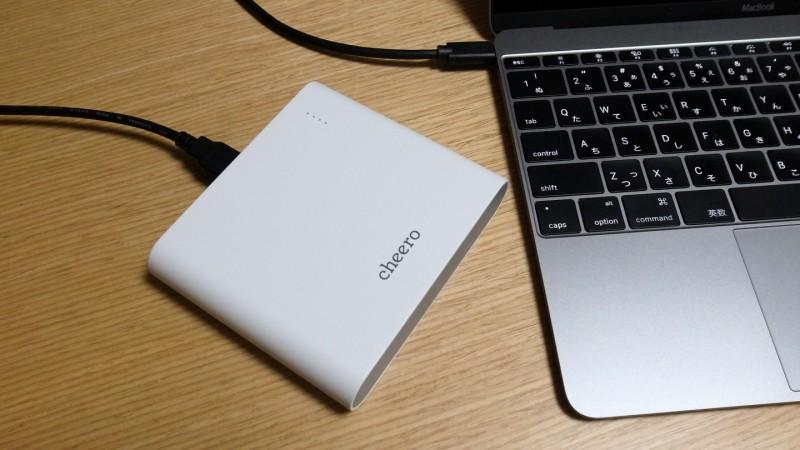 3ポート出力に大容量20,100mAh!新型MacBookも充電できるcheero Power Plus 3 Premiumが登場!