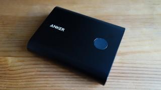 Quick Charge 2.0対応で本体の充電時間がめっさ速いAnker PowerCore+ 13400がいい感じ