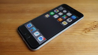 1000円で買えて品質もそこそこなAnkerのiPhone 6/6s用ガラスフィルムがわりといい感じ