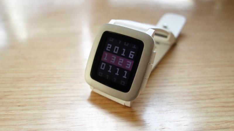 ポップで可愛いスマートウォッチ「Pebble Time」をゲット!セットアップとファーストインプレッション