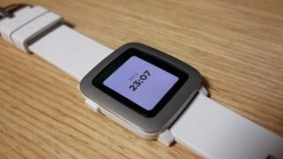 Pebble Timeはバッテリーが0%になっても常時時間を表示してくれて良い