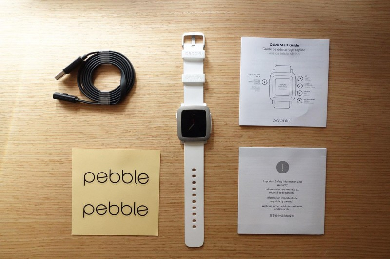 Pebble Time bundled items