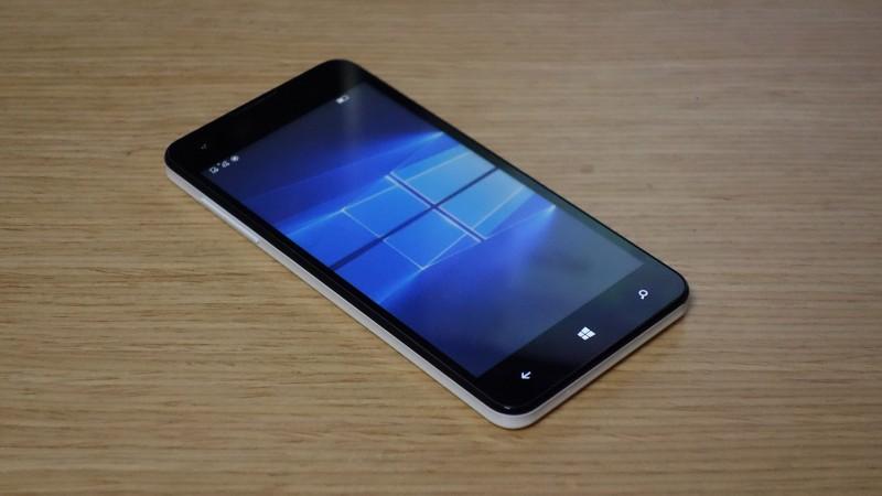 MADOSMAを自力でWindows 10 Mobileにアップデートした
