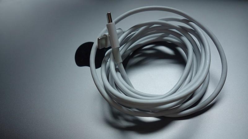 Apple、MacBookユーザー向けに「Apple USB-C 充電ケーブル交換プログラム」を発表