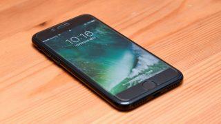 手頃な値段がグッドなAnkerのiPhone 7用ガラスフィルム「GlassGuard」レビュー