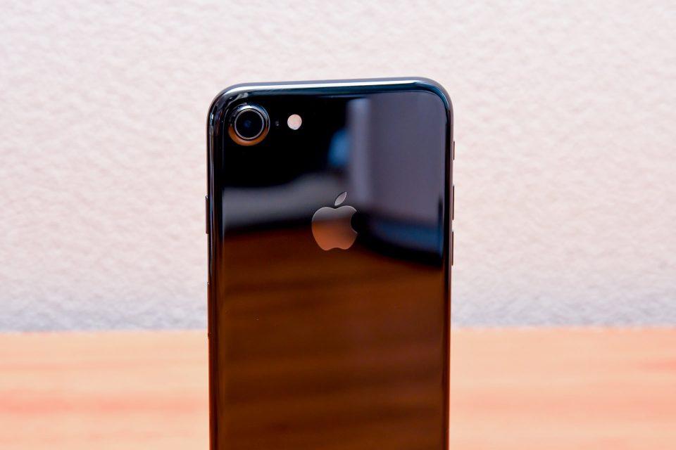 iPhone 7 ジェットブラック 外観 フォトレビュー_8
