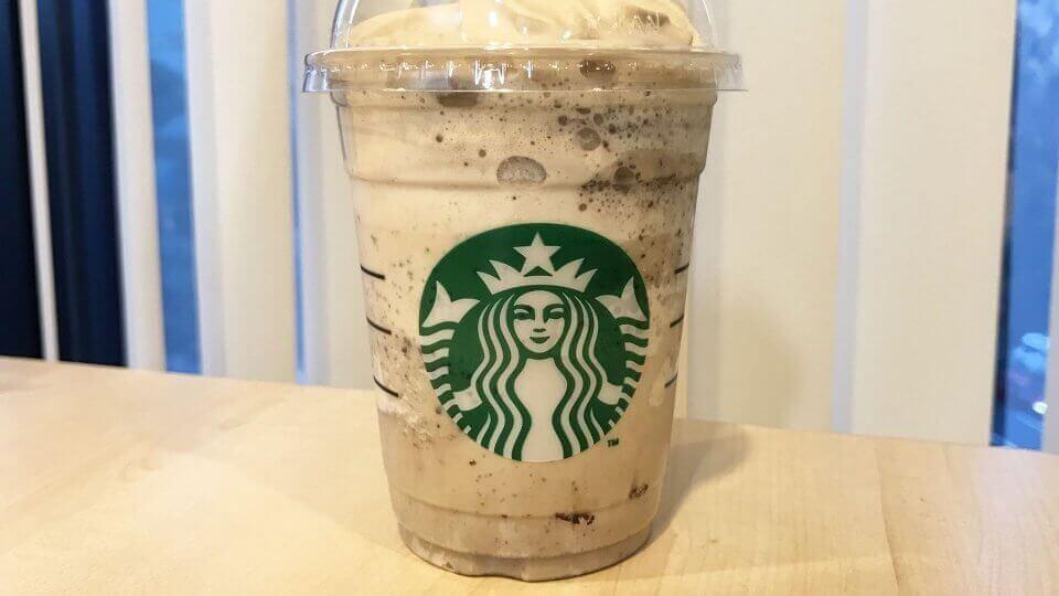 【スタバ】期間限定の「コーヒー & クリーム フラペチーノ with コーヒー クリーム スワール」が美味しい