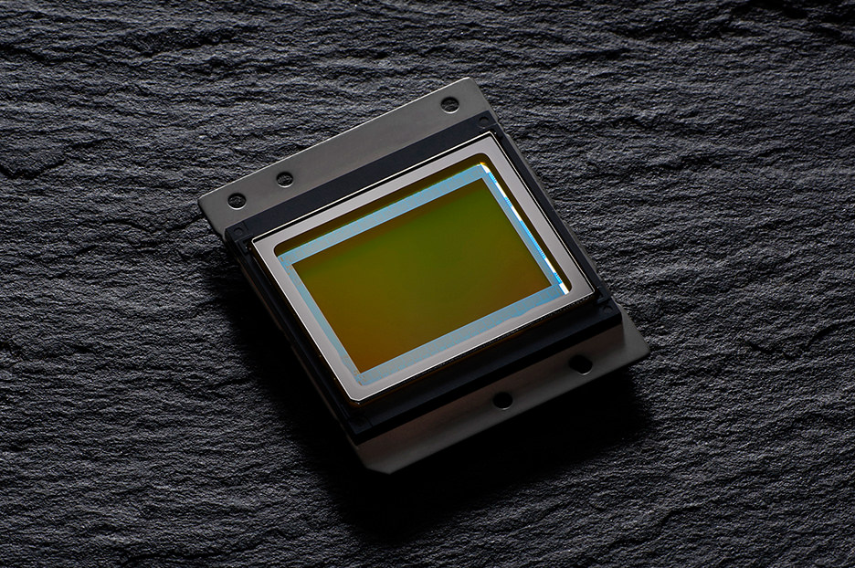 Nikon D7500 D7200 比較 スペック 高感度