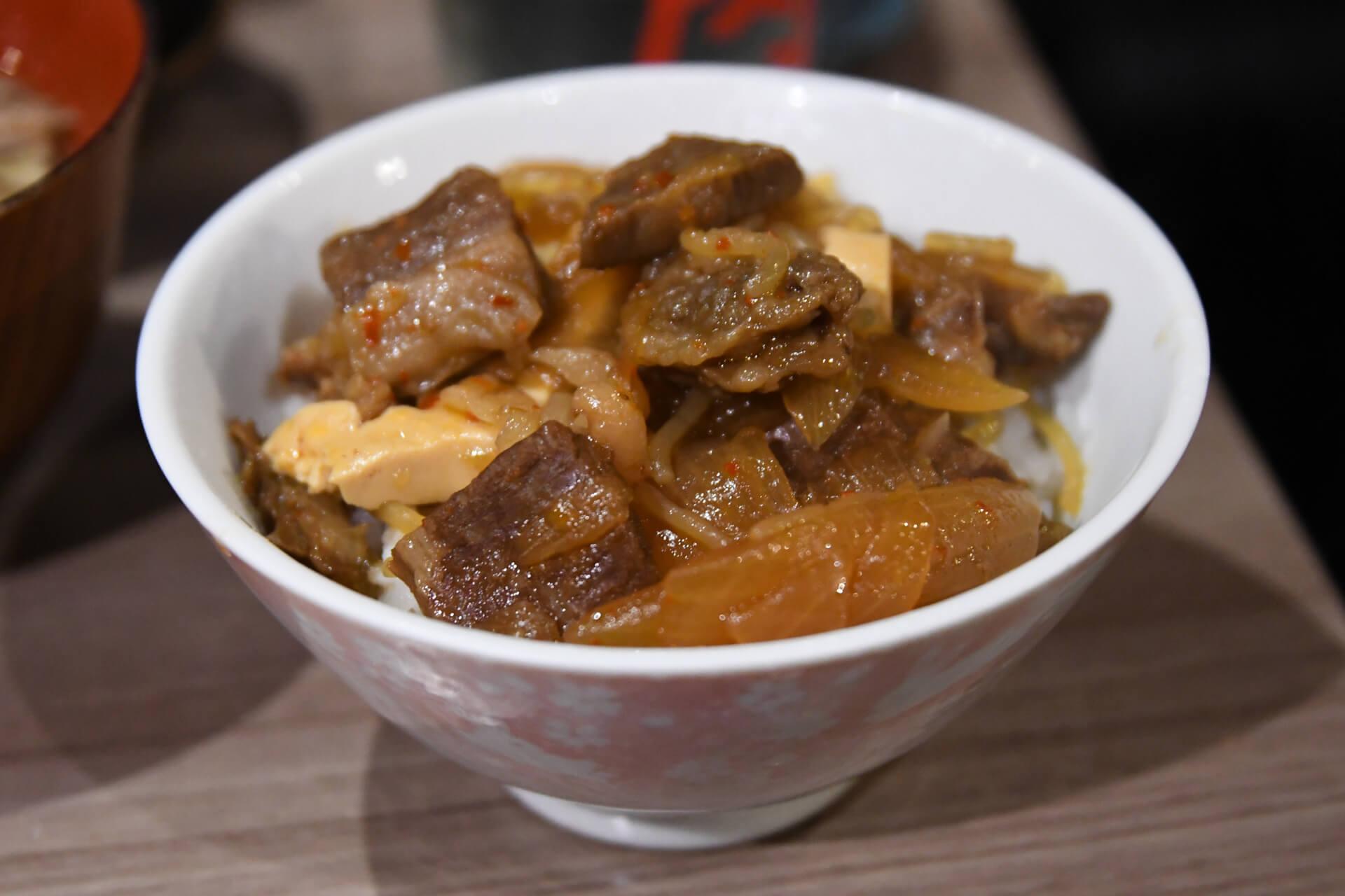 肉と日本酒 千駄木 牛丼