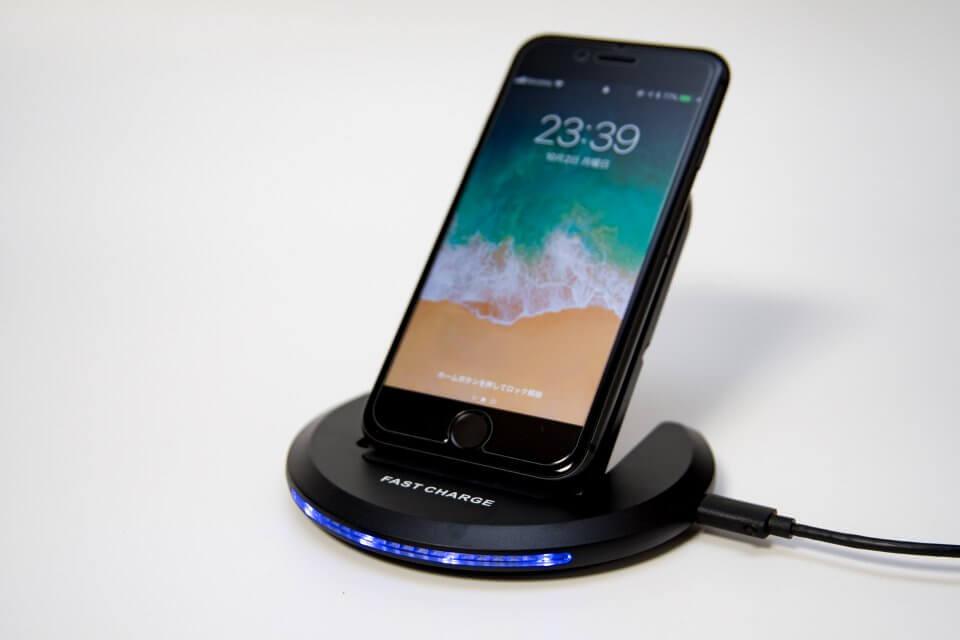 iPhone 8 Qi ワイヤレス充電器