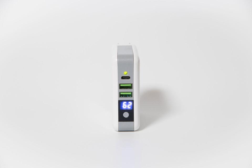 モバイルバッテリー qi ワイヤレス充電器 ポート