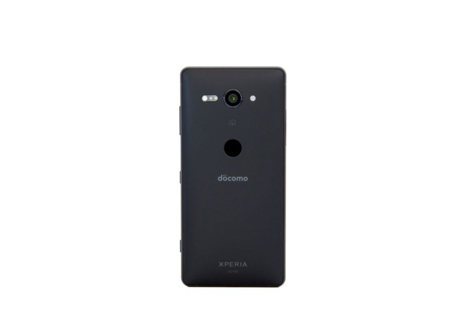 Xperia XZ2 Compact SO-05K デザイン 背面