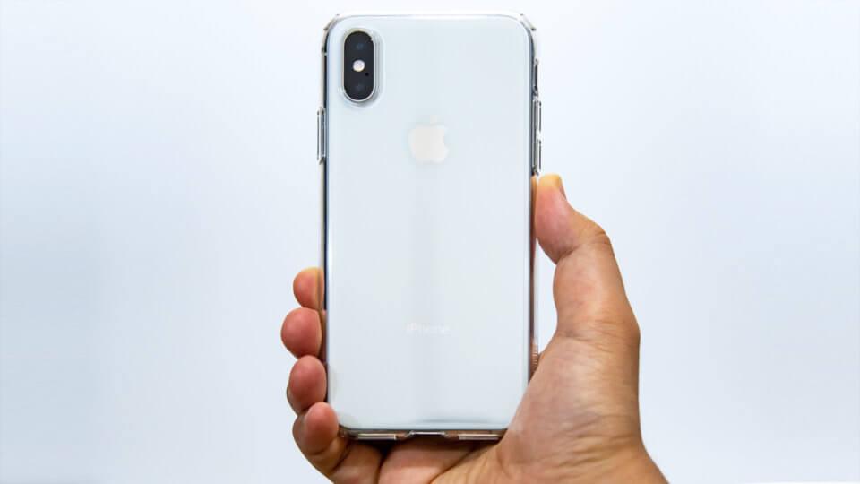 iPhone XS Spigen リキッド・クリスタル レビュー