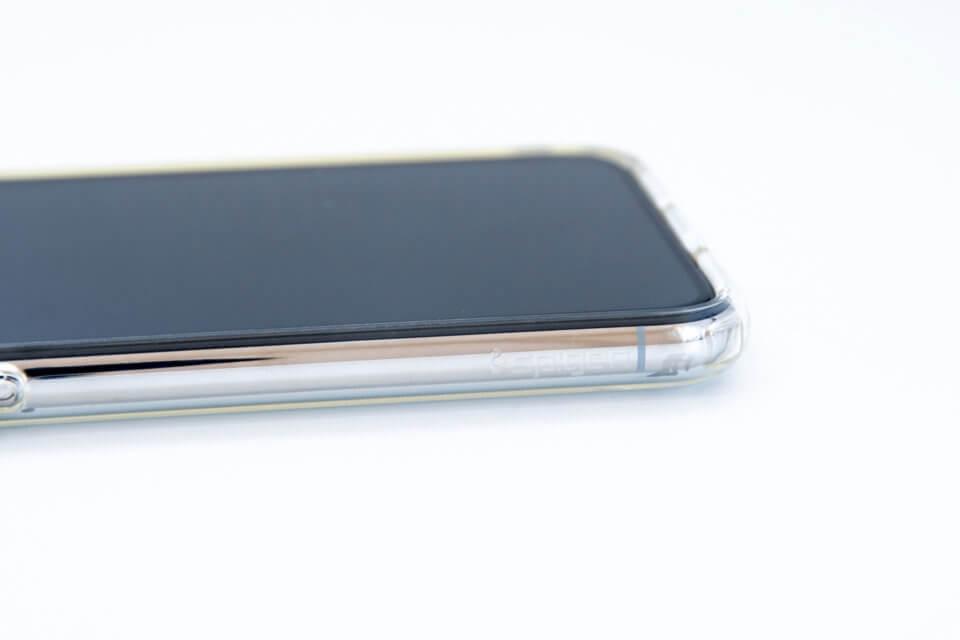 iPhone XS リキッド・クリスタル Spigenロゴ