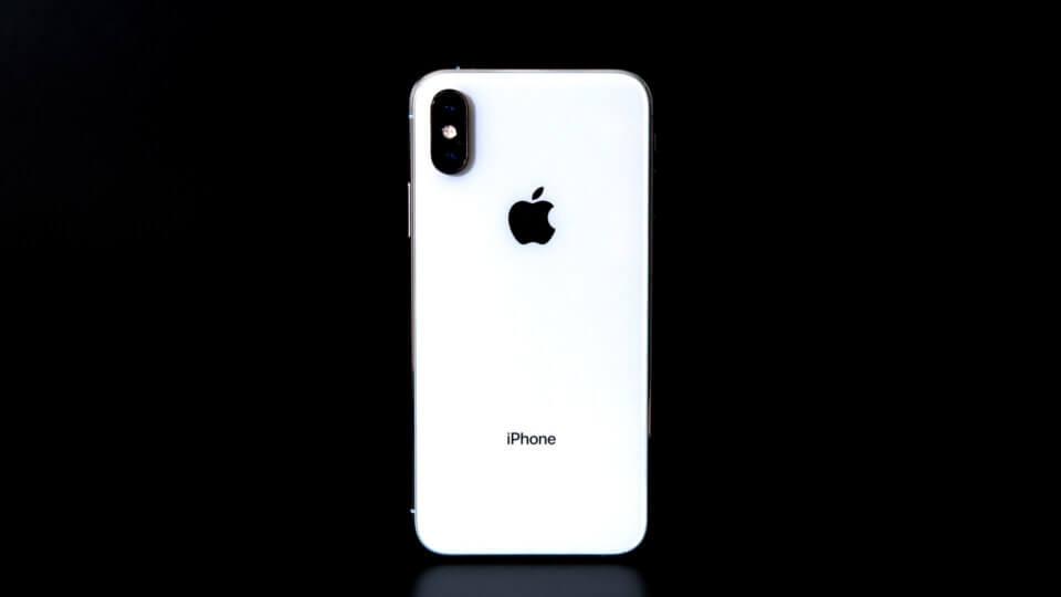 iPhone XS シルバー レビュー