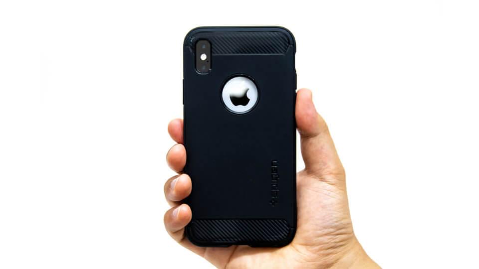 iPhone XS ケース Spigen ラギッド・アーマー レビュー