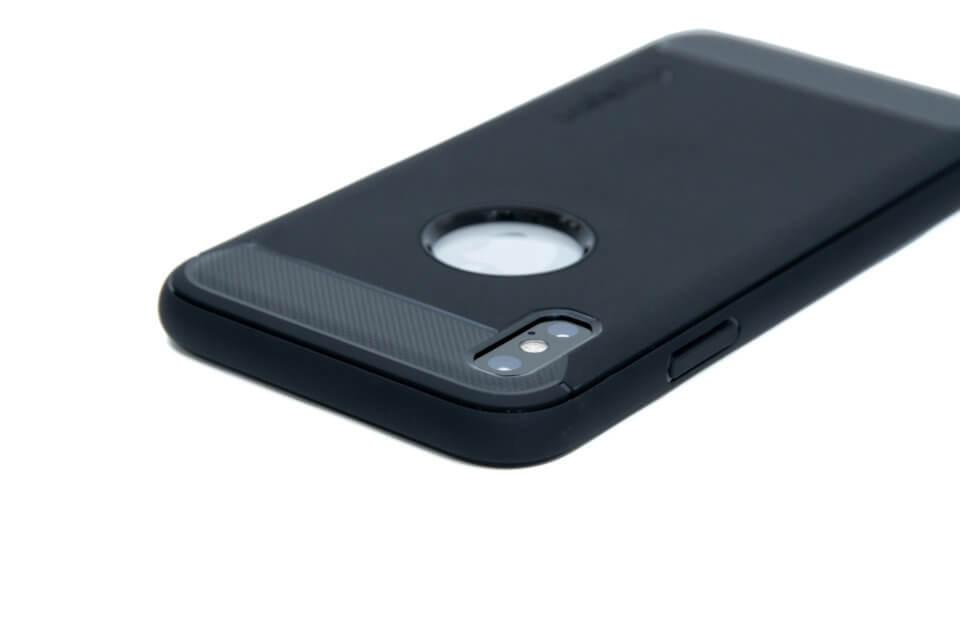 iPhone XS ラギッド・アーマー カメラ周り