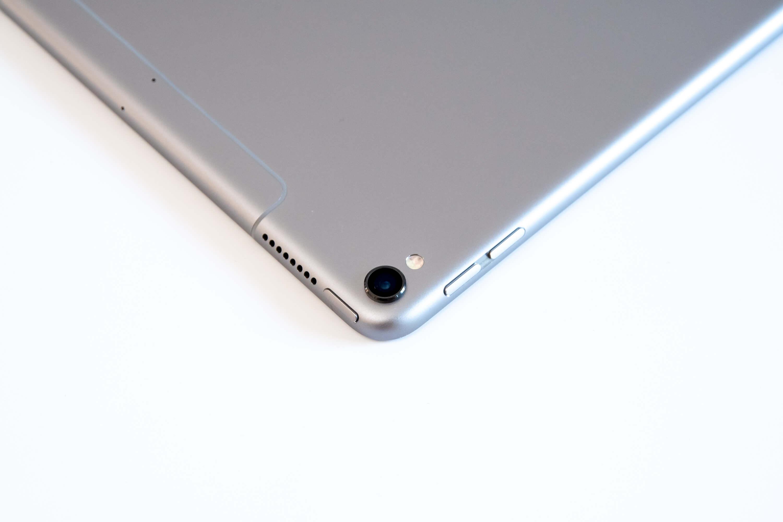 10.5インチ iPad Pro カメラ部分