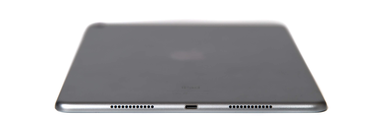 9.7インチ iPad Pro Wi-Fi 下部