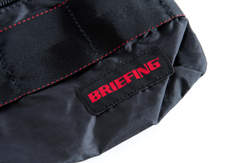 BRIEFING ブリーフィング サコッシュ ロゴ