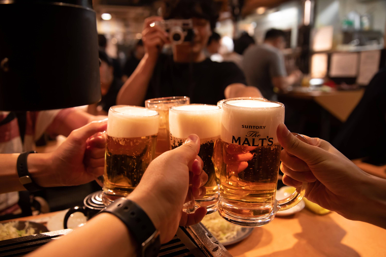 ロース焼肉専門店 肉酒場 ビールで乾杯