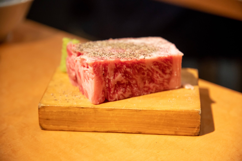 ロース焼肉専門店 肉酒場 リブシンステーキ