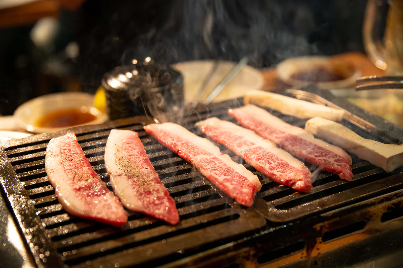 ロース焼肉専門店 肉酒場 霜降り肉
