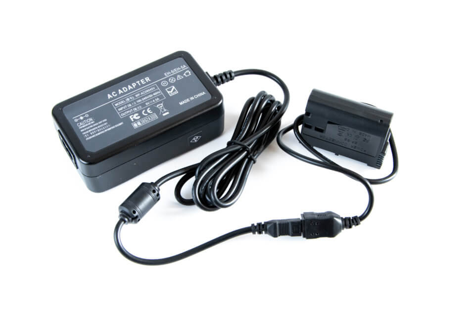 ニコンのパワーコネクター EP‐5BとACアダプタ EH‐5bの互換品を買ったらD850のバッテリー切れから解放された