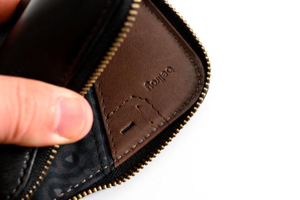 Bellroy(ベルロイ) Card PocketのSIMカードを入れるスペース