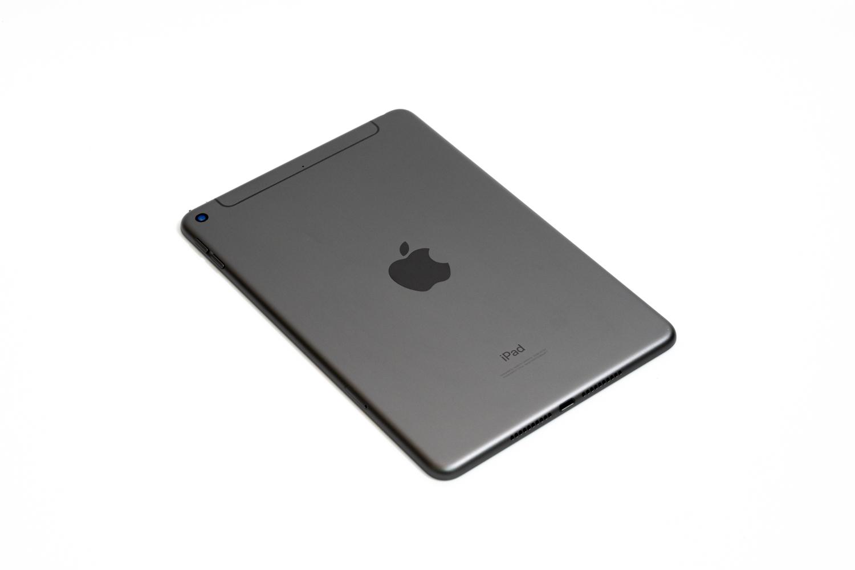 ドコモ版のiPad mini(第5世代)が安かったので購入しました。一度売ったのに買い戻した理由。