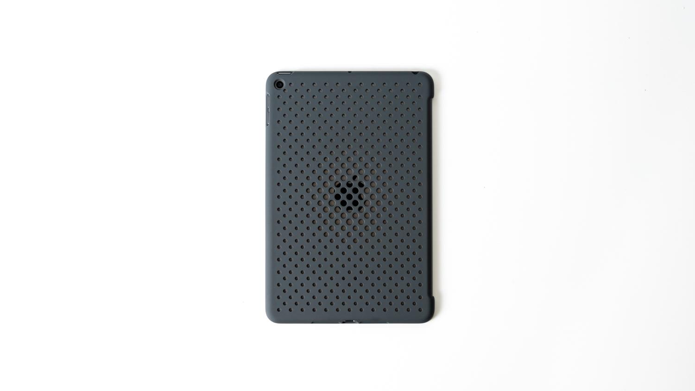 iPad mini 5の背面保護のためにAndMeshの軽量ケースを着けました