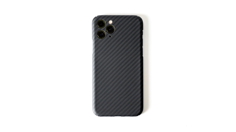 アラミド繊維採用で薄さ0.7mm重さ10gのiPhone 11 Pro用ケース「Ultra Slim & Light Case DURO」レビュー