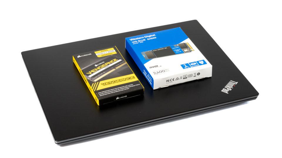 ThinkPad E495を分解してメモリの増設とM.2 SSDの換装をした