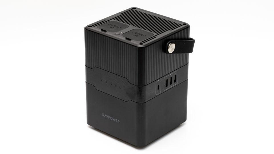 RAVPower RP‐PB187 レビュー。容量70,200mAhでアウトドアや非常時に便利なポータブル電源