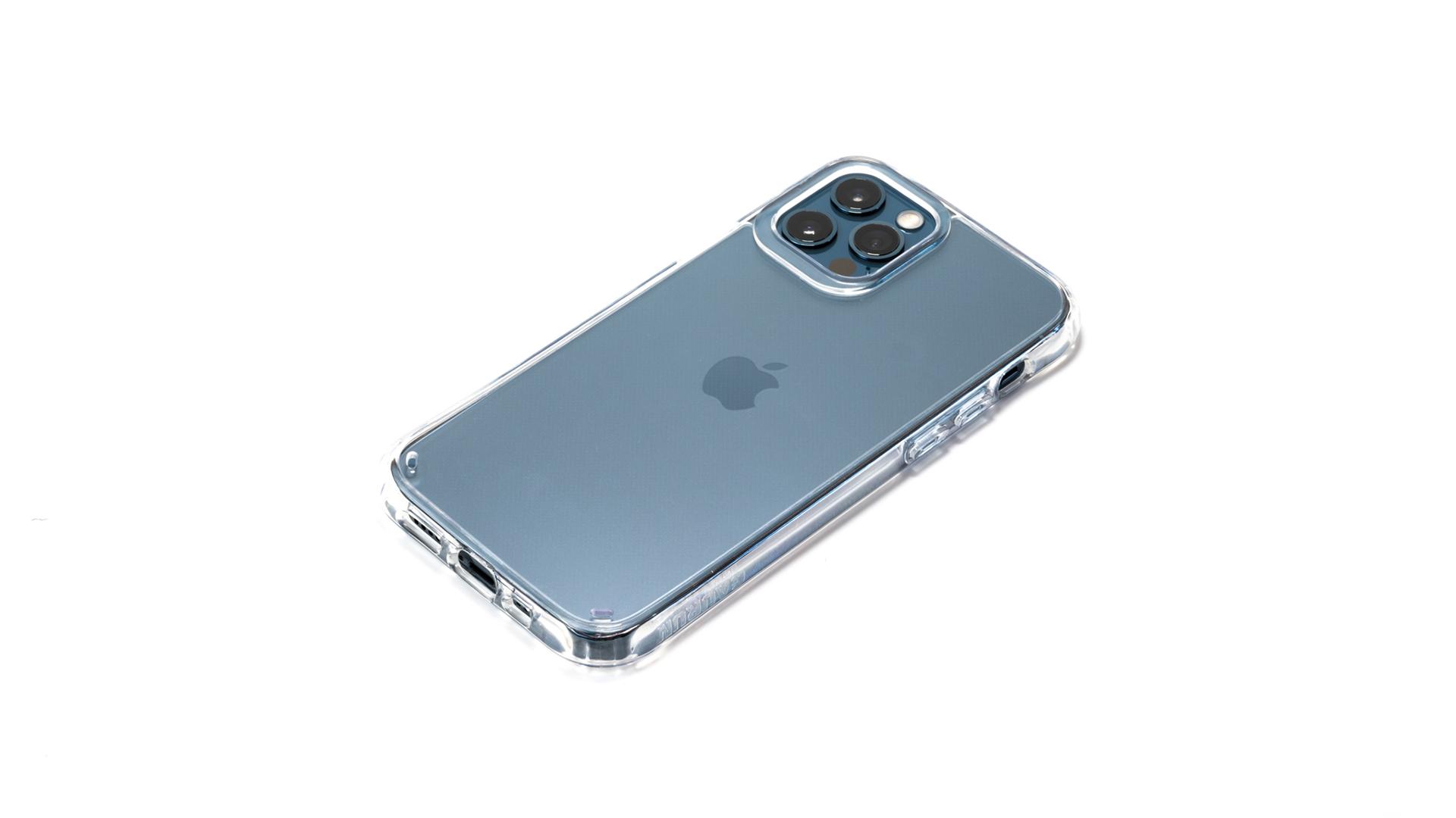 「GAURUN ピュア・ハイブリッド」レビュー。透明度と耐衝撃性を両立したiPhone 12 / 12 Pro用クリアケース