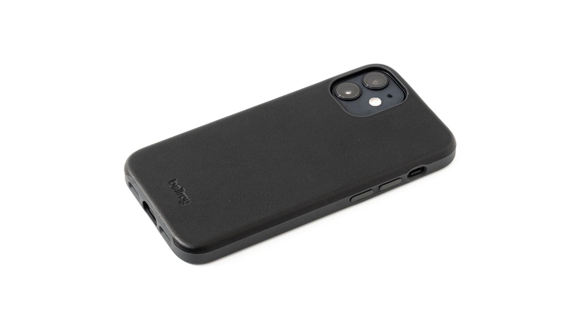 Bellroy Phone Case レビュー。本革+ポリマー素材を使った暖かみのあるiPhone 12 mini用レザーケース